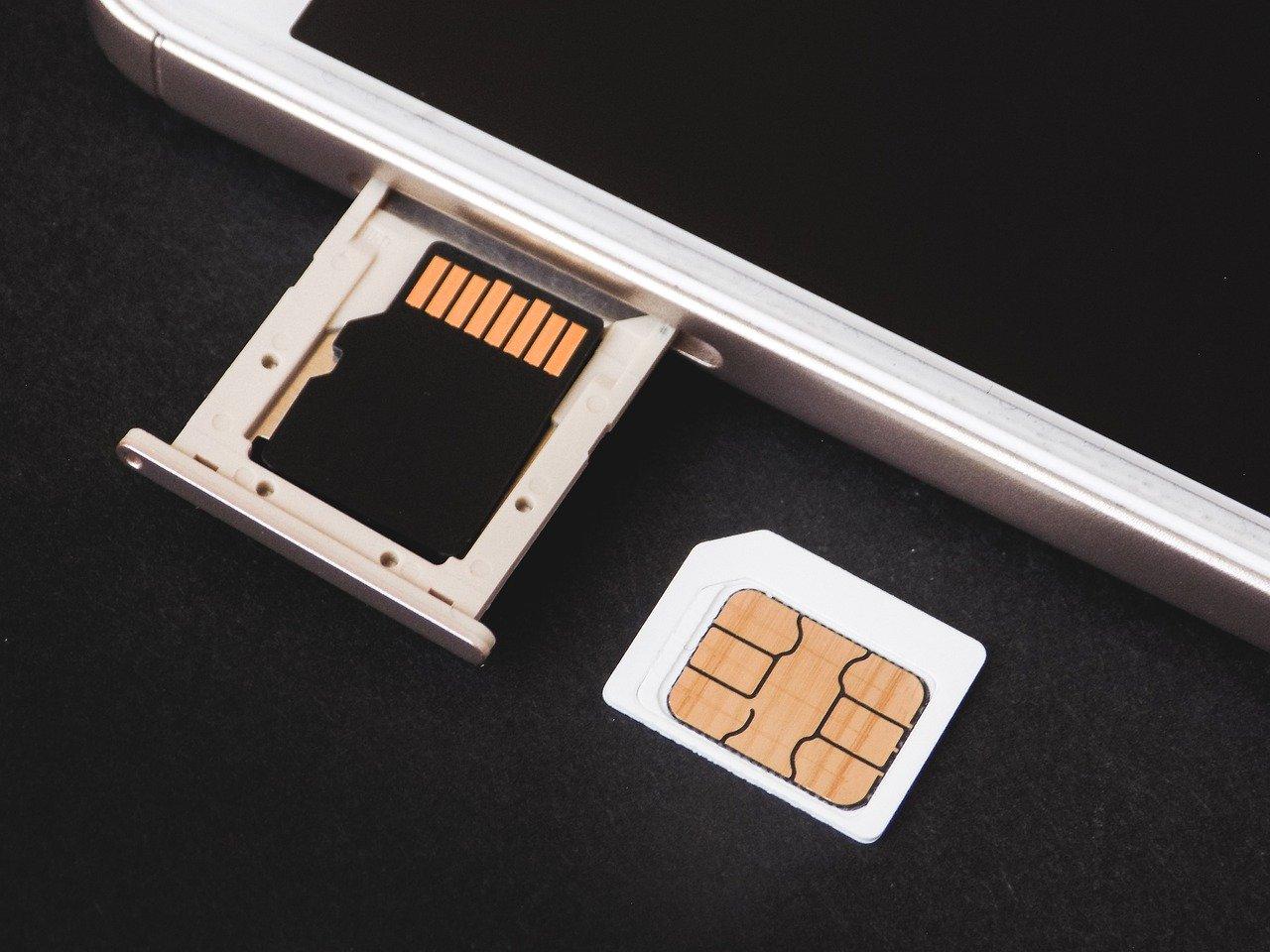 格安SIMとは何か?【デメリットや乗り換え方法まで教えます】