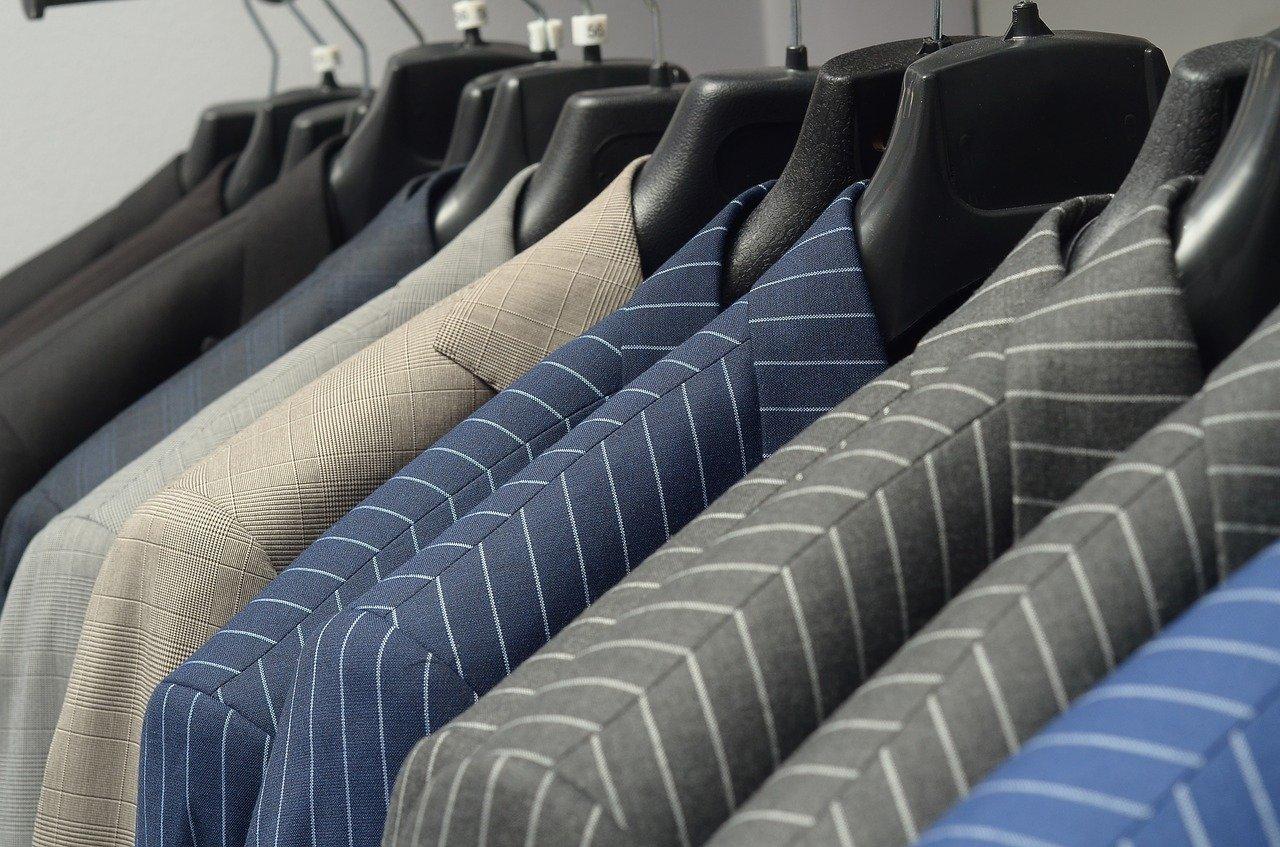 初めてのオーダースーツ【種類と価格まとめ】