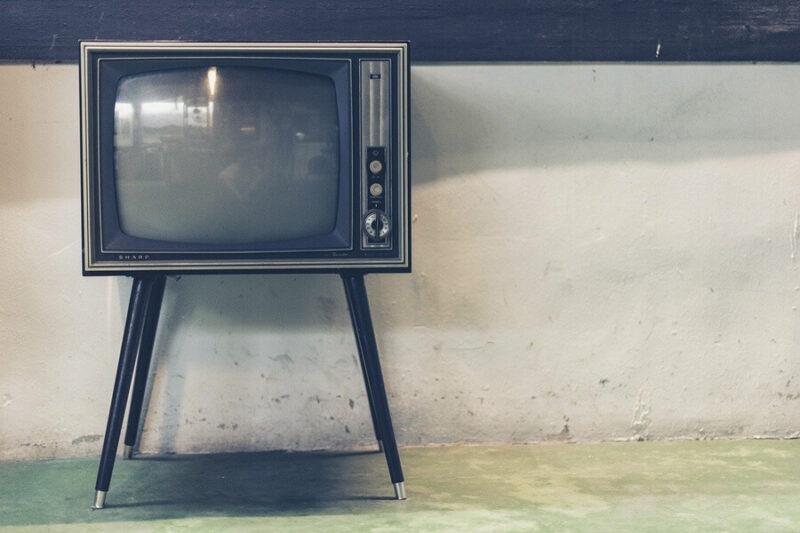 一人暮らしでテレビは必要ない!【でもデメリットもあります】